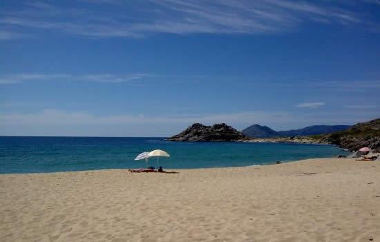 playa area longa castro de baroña santiago de compostela hostal mexico